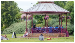 bbb Newbury bandstand 2015 (6)